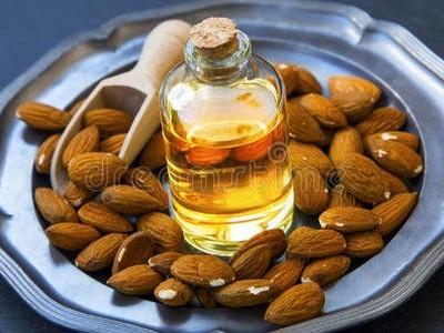 百搭实用的甜杏仁油,竟然这么多用途!