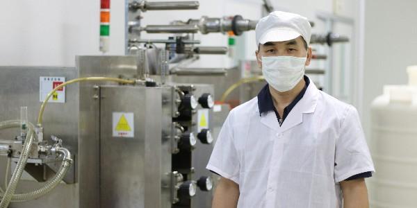 芳香世家-自动封膜包装机