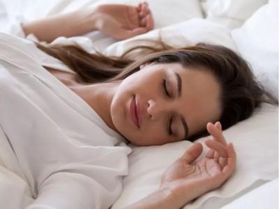 精油供应商——有了这款助眠精油喷雾,失眠变得不再可怕!
